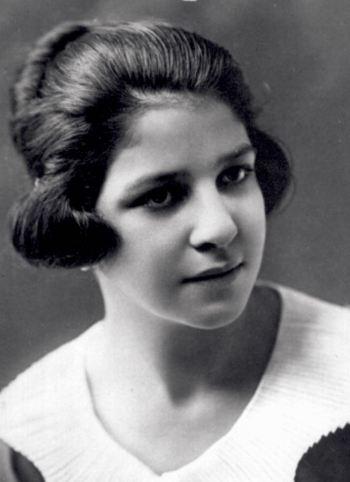 Mary Recla- High School Portrait