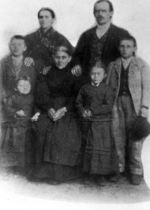 Maria and Clemente Dallachiesa and family.