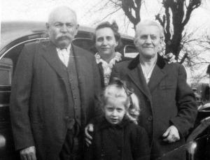 Allesandro (Alex) Zambotti Family Weston 1940s