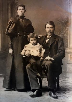 Raffaele and Lucia Genetti with son Alessandro