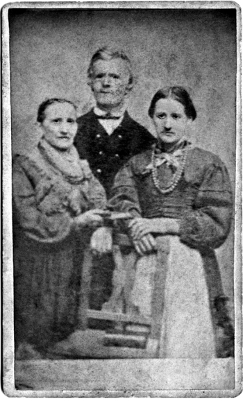 Possibly Barbara, Cipriano and daughter Catterina Maria Genetti