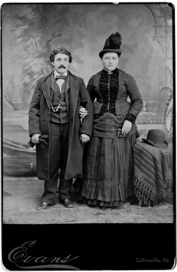 Vigilio and Maria on their weeding day, 1886
